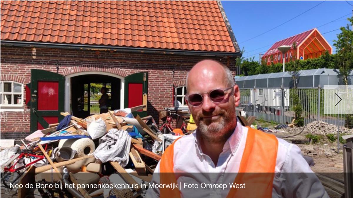Bewoners willen vervallen pannenkoekenboerderij naast station Moerwijk nieuw leven inblazen